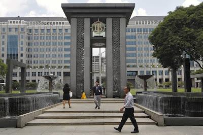 Peran Bank Indonesia sebagai Bank Sentral Negara Republik Indonesia
