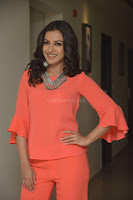 Catherine Tresa in Orange Kurti top and Plazzo at Launches B New MobileStore at Kurnool 10.08.2017 011.JPG