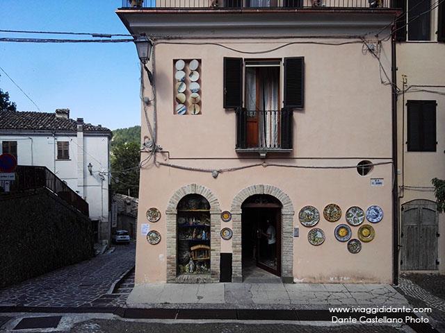 Abruzzo castelli teramo