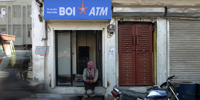 BOI ATM उगल रहा था 100 की जगह 500 का नोट, भीड़ लग गई | MP NEWS