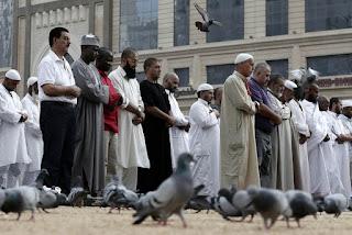 Najis Yang Termasuk Dalam Umum Al-Balwa