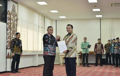 Gubernur Ridho Serahkan Surat Tugas Plt Bupati Lampung Selatan