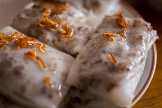 American Reporter Explores Street Food Vietnam 4