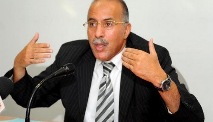 «الأخبار» تفجر فضيحة أخرى من فضائح عبد المولى عبد المومني