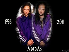 Jonathan Davis Korn nu metal Adidas tracksuit