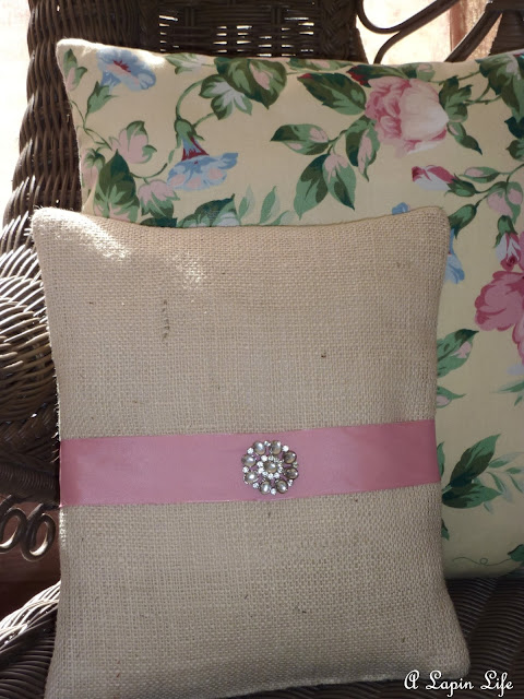 decor for pillows made from vintage jewelry