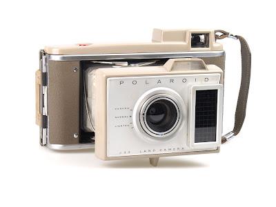 Polaroid J33