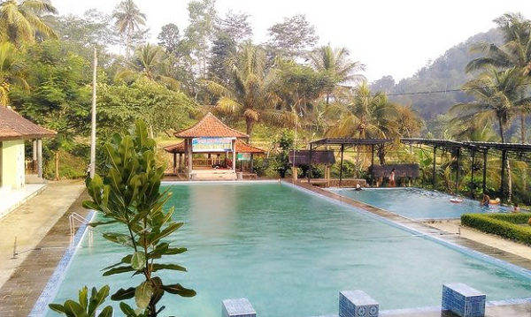 Tempat Wisata Pemandian Air Panas Subang, Kuningan