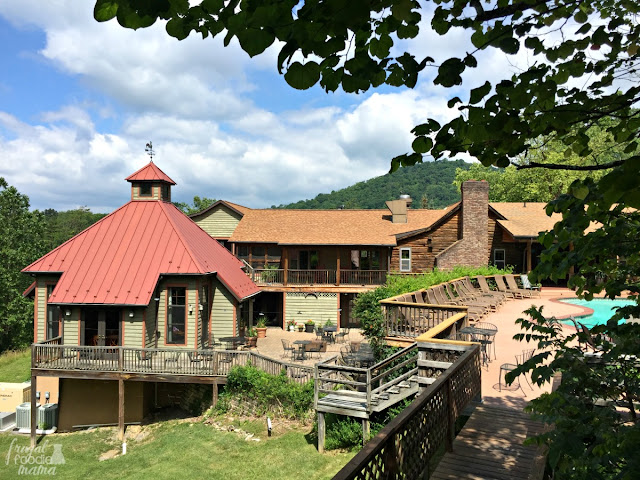 Gorgeous views of the Blue Ridge Mountains, a chance to unplug and unwind, and nearby access to the great outdoors makes the Guesthouse Lost River the perfect weekend getaway.
