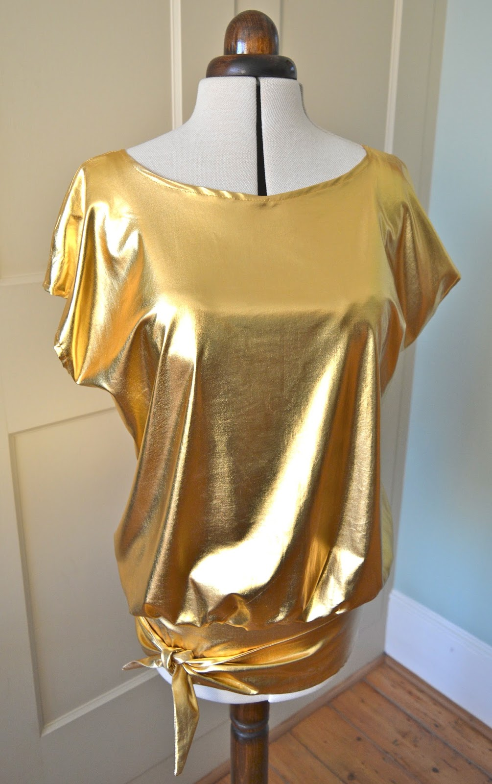Handmade Jane: Studio 54 Gold Top