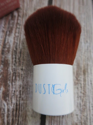 Dusty Girls Kabuki Brush