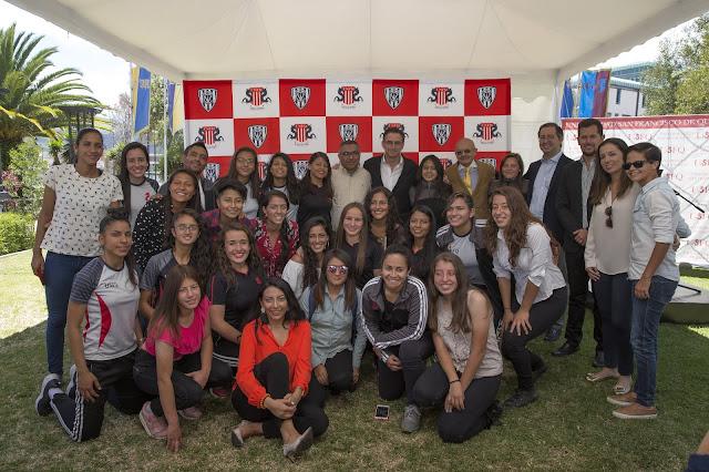 La profesionalización del fútbol femenino de la USFQ ya es una realidad