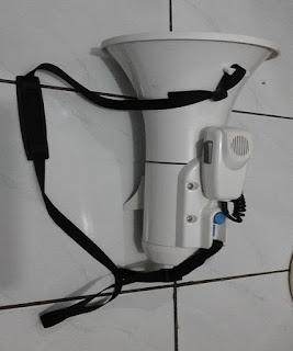 Sewa Speaker Megaphone Toa