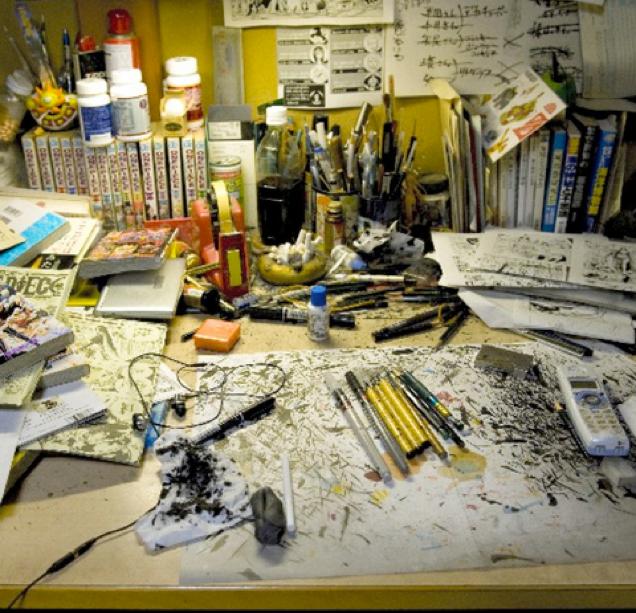 Eiichiro Oda young, messiest workspaces, workspaces, manga artist, manga artist workspaces, manga publishing, Sekaiichi Hatsukoi, One Piece, Hunter x Hunter, Bleack, Inuyasha, comic, japanese manga, manga artist pic, artist, deadline manga, busy schedule, Hayao Miyazaki, romiko takahashi, fantasy fan leogan,