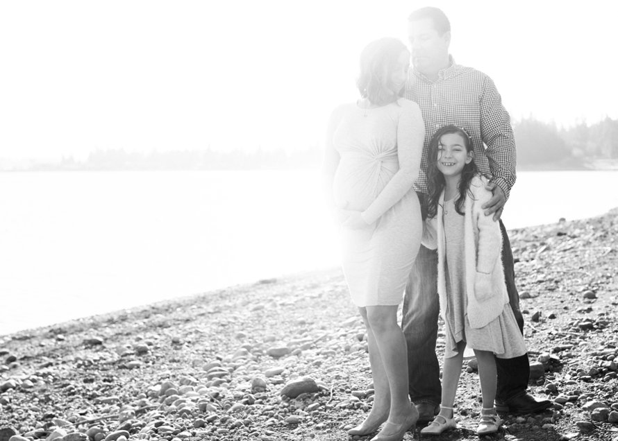 Lake Tapps Family Photography-Beach Maternity Session-Something Minted and More Photography