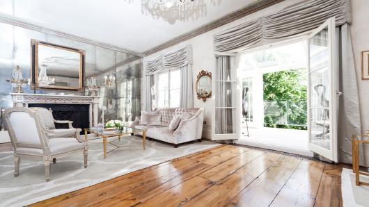 Affittare case di lusso arriva a roma onefinestay for Appartamenti di lusso