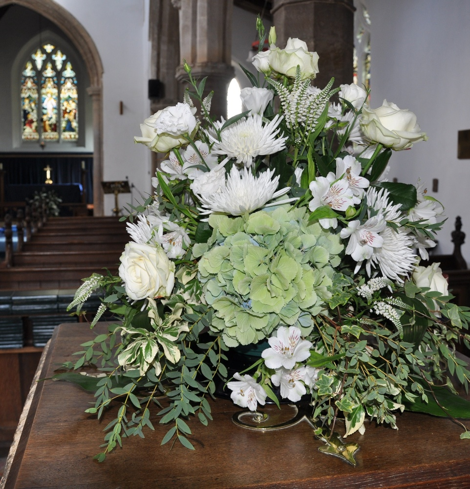 Flowers For Church Wedding Ceremony: Helen Jane Floristry: Flowers For Your Wedding Ceremony