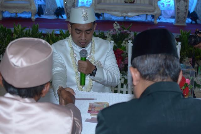 http://www.diaryanakampung.com/2018/04/nikah.html