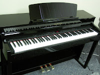 Yamaha CLP440 digital piano polished ebony