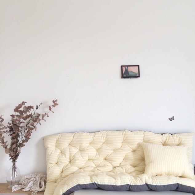 un lundi ordinaire un dredon fa on sur matelas pour caroline. Black Bedroom Furniture Sets. Home Design Ideas