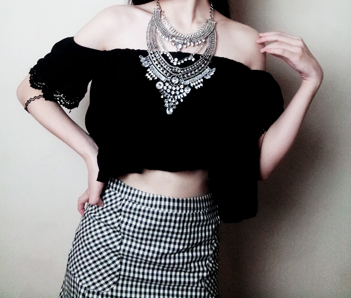 Brunei Blogger May Cho of The Mayden styles a statement necklace from Happiness Boutique