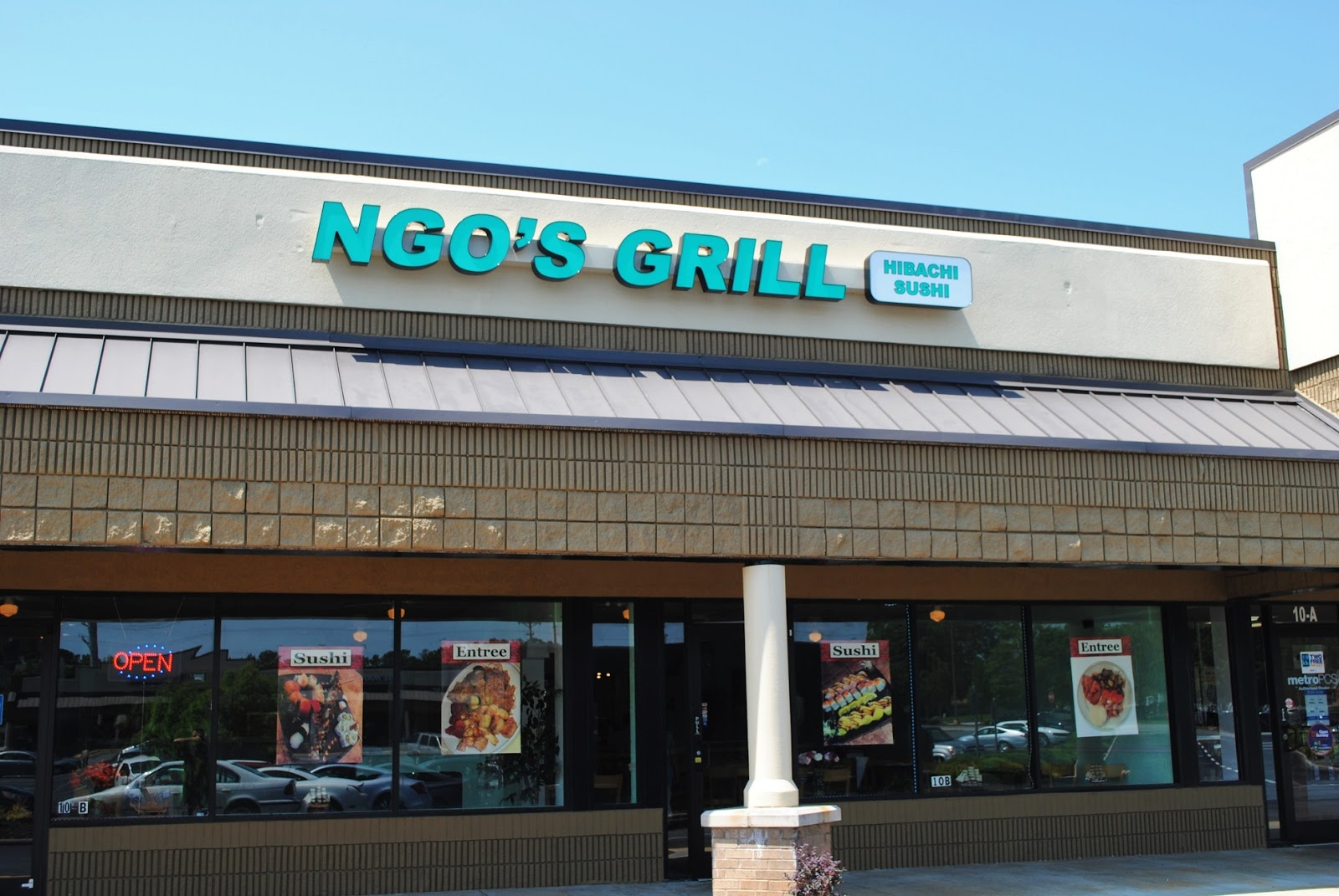 Dunaire Neighbors Dunaire Dines Out At Ngo S Grill Hibachi And