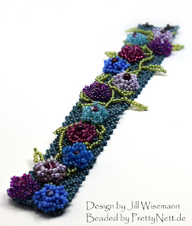 "Bracelet ""Ramblin' Roses"" - beaded by PrettyNett.de"