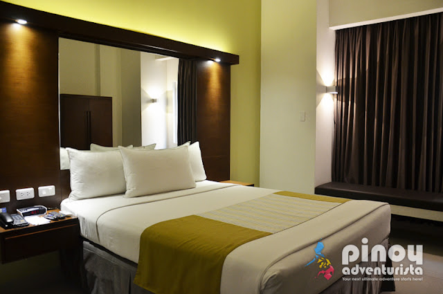 Where to Stay in Acropolis Quezon City Microtel Hotels