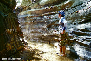 http://www.pagnapagna.com/2013/04/kagutungan-river-summer-dayhike.html