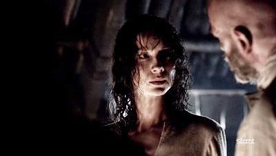 Outlander Sassenach: Top Ten Claire Moments of Outlander Season One