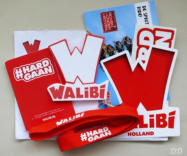 كيفية الحصول على بطاقة بريدية وملصقات و سلسلة المفاتيح مجانا