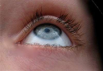 How to stop pulling out eyelashes