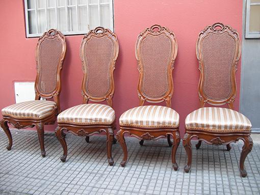 Tapicer a chiqui cuatro sillas de comedor for Telas tapizar sillas comedor