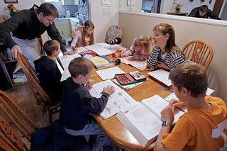 10 livros para quem pensa em educar seus filhos no homeschooling