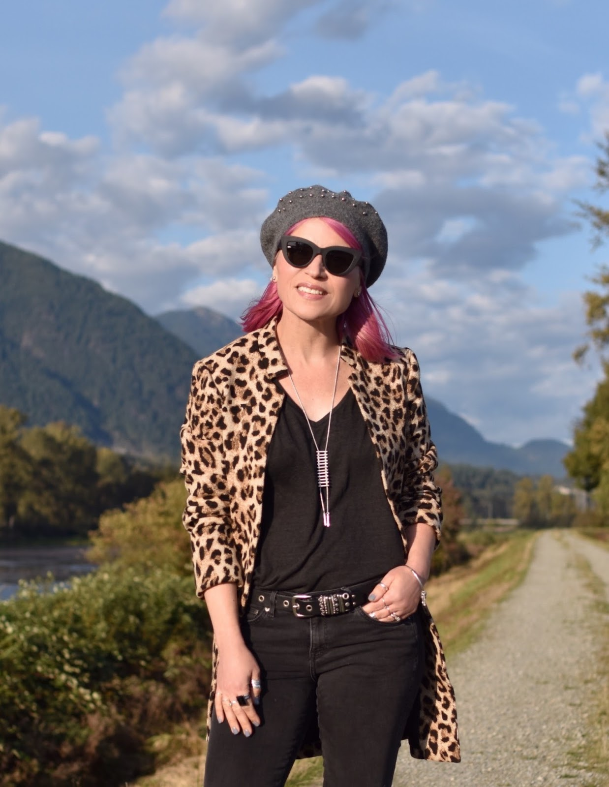 Monika Faulkner outfit inspiration - leopard-patterned coat, beaded beret, cat-eye sunglasses