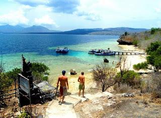 http://www.teluklove.com/2017/01/daya-tarik-objek-wisata-pulau-menjangan.html