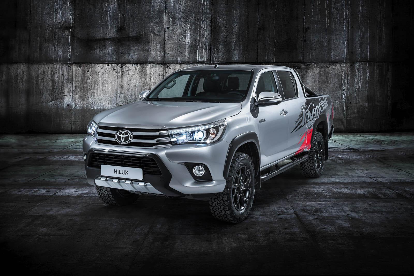 2015 - [Toyota] Hilux - Page 3 Hiluxinvincible50showcar-3-4front%2Bcopy