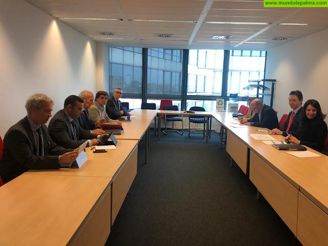 Canarias y la APEB trasladan a la Comisión Europea su preocupación por la posible reducción arancelaria a plátano de Colombia, Ecuador y Perú