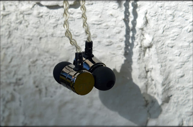 Alpha & Delta D3 IEMs Review - Audiophile-Heaven
