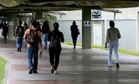 """Educación venezolana presenta un """"estancamiento depresivo"""" desde 2007"""