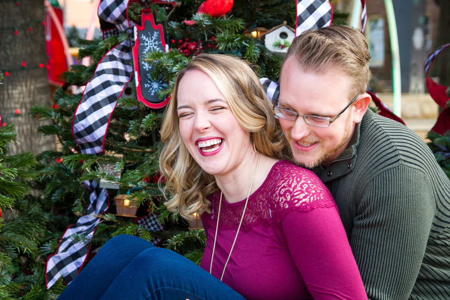 Downtown Grapevine TX ~ Christmas Portraits ~ {Jess + Matt} | Cavern ...