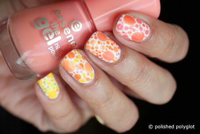 Nail art Designs for short nails Peach or lemon dotticure