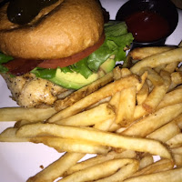 Chicken Avocado Sandwich, sandwich, pizza, fried oysters, Orlando, Orlando movie theater