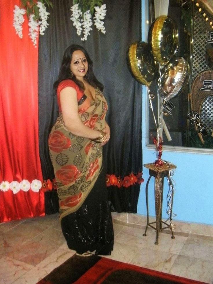 Happy Raikoti  Beautiful Hot Desi Real Housewives -3502
