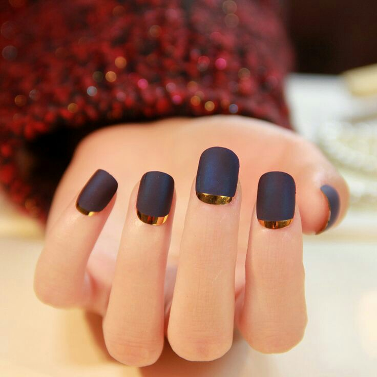 Metallic nail arts