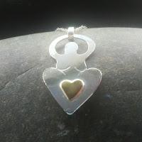 Love goddess necklace