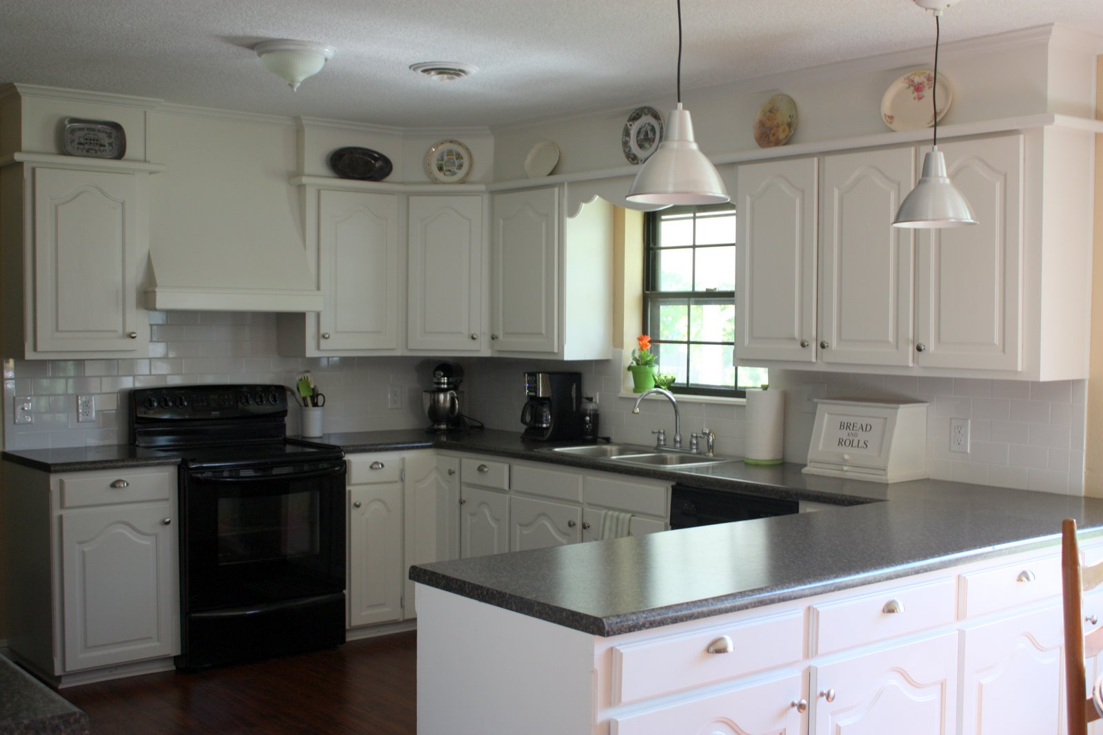 painted kitchen cabinets with black appliances. Painted Kitchen Cabinets With Black Appliances