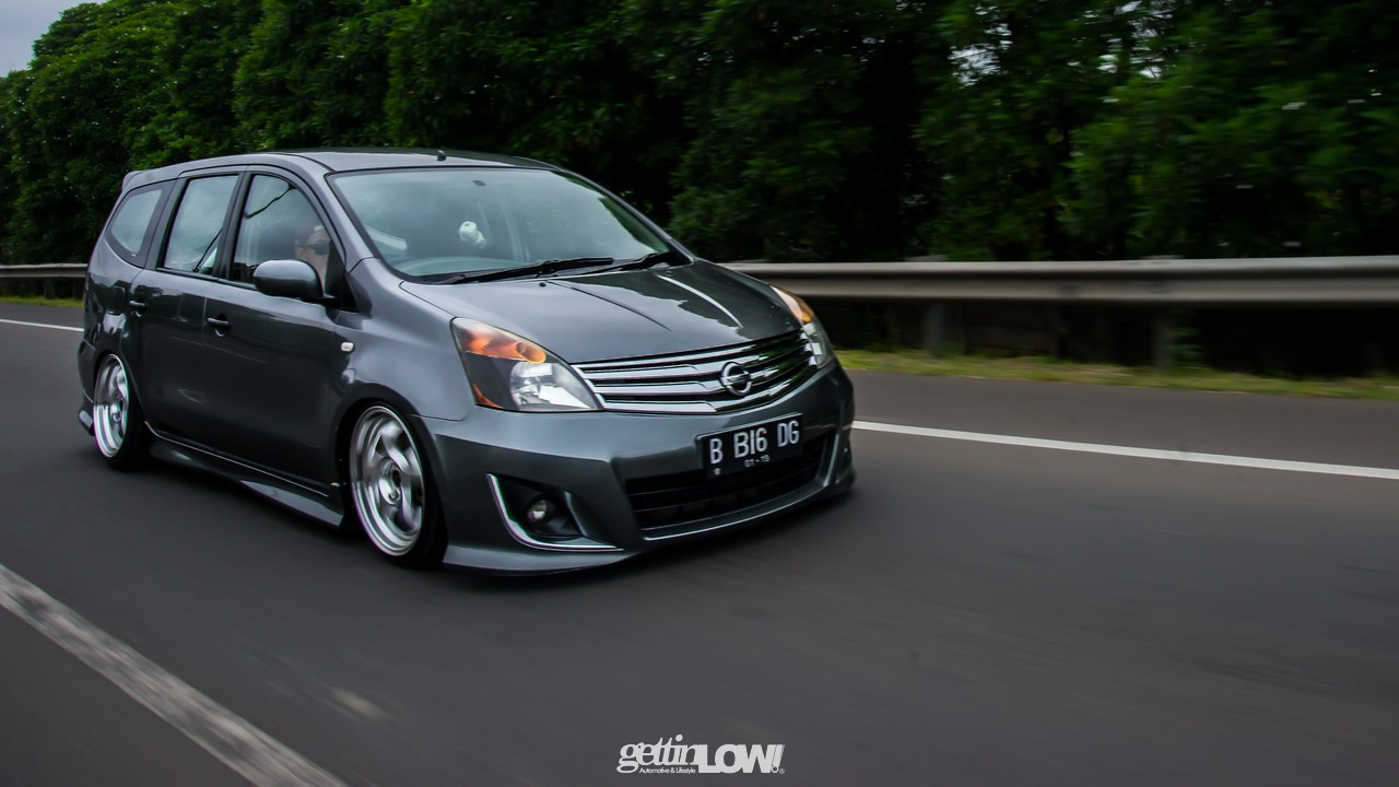 Modifikasi Mobil Ceper Nissan Grand Livina Gray Metallic Alul Stemaku