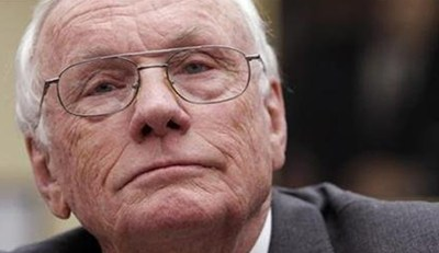 Neil Armstrong, First man to set foot on the moon, dies at 82