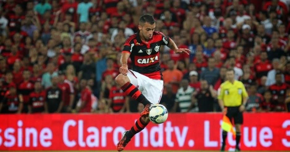 O Flamengo deu um passo importante rumo ao bicampeonato da Copa do Brasil  ao bater o Atlético Mineiro no Rio de Janeiro. O jogo da semifinal teve  público ... f704e338ae772